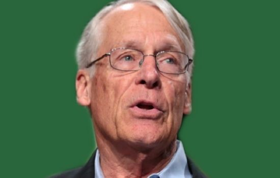 S. Robson Walton had a net worth of $52.9 billion, making him the 17th richest person in the world.