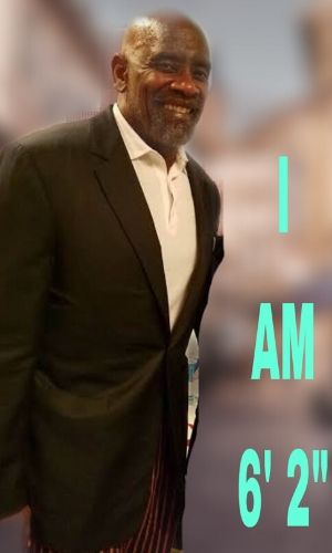How tall is Chris Gardner? Discover more Celebrity news, Height, Chris Gardner's Net Worth 2020, Age, Wife, Children.