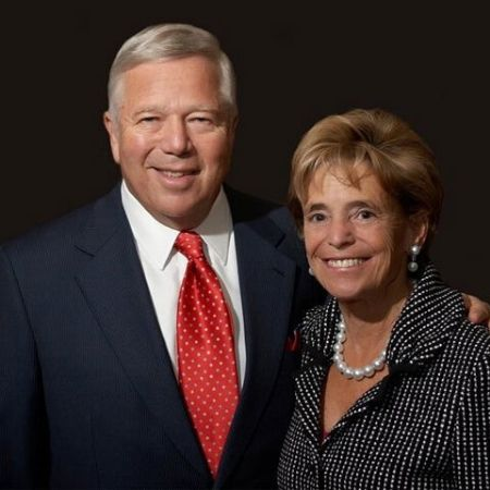 Robert Kraft has married to Myra Nathalie Hiatt  in 1964. The couple has four children.