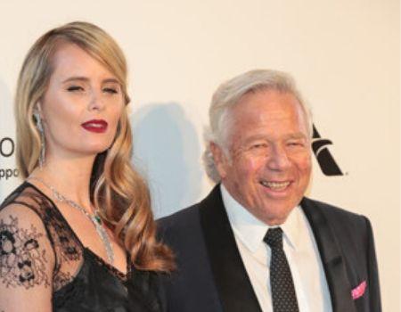 Robert's girlfriend Ricki Noel Lander(American actress, model, designer).