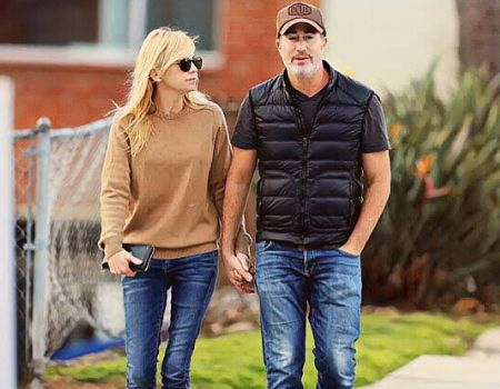 Anna Faris has been in relationship with Michael Barrett since 2017.