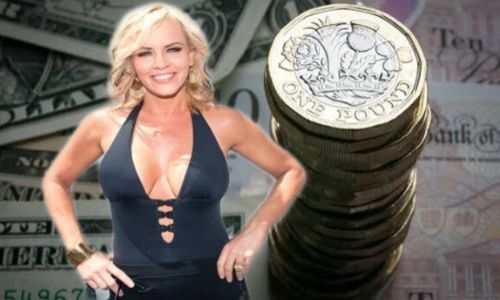 What is Jenny McCarthy's Net Worth in 2020 and How does she Make Her Money?