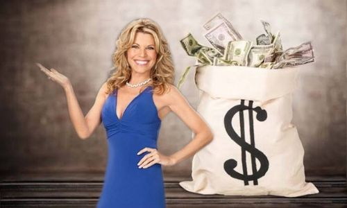 What is Vanna White's Net Worth in 2021 and How does she Make Her Money?