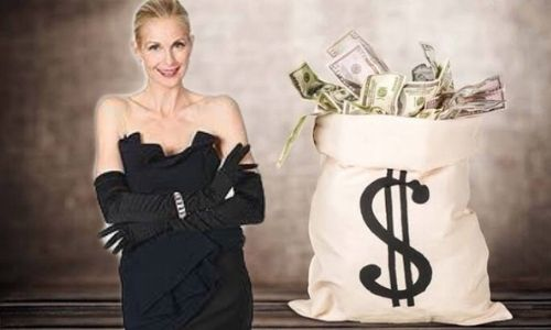 How Kelly Rutherford Achieved a Net Worth of $2 Million?