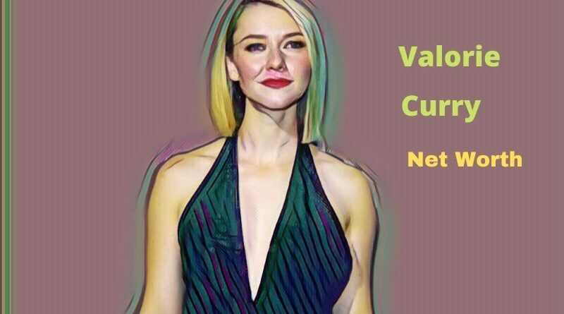 Valorie Curry's Net Worth 2020: Age, Height, Spouse, Boyfriend, Biography