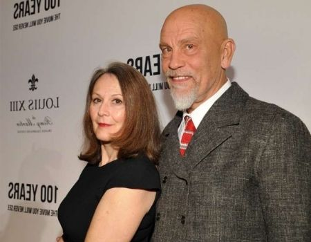John Malkovich's girlfriends :Age, Height, Bio, Wife, Quotes