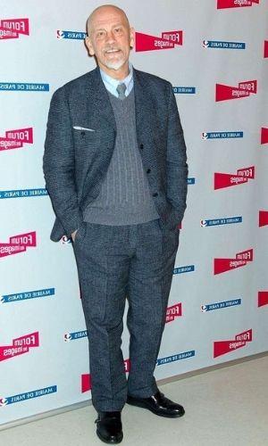 John Malkovich's Height: Age, Net Worth 2021, Wife, Kids, Salary