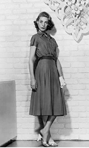 Lauren Bacall's Height: Age, Net Worth 2021, Husband, Kids