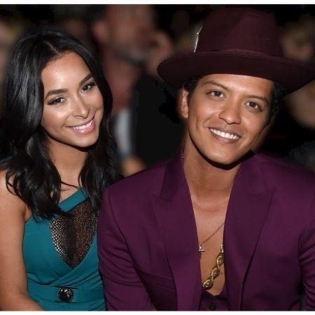 Bruno Mars' - Girlfriends, Wife & Kids