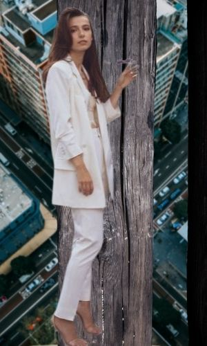 Anjelica Bette Fellini's Height: Age, Net Worth 2021, Body Stats, Instagram