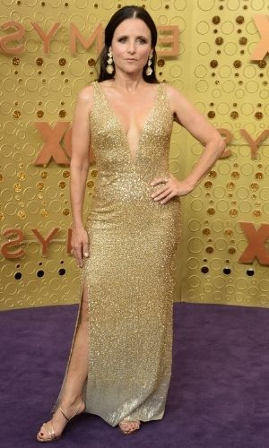 Julia Louis-Dreyfus' Height: Husband, Age, Net Worth 2021, Body Stats, Instagram