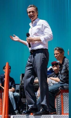 Gavin Newsome's Height - How tall is he?