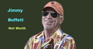 Jimmy Buffett's Net Worth in 2021 - How did singer-songwriter Jimmy Buffett Maintains his Worth?