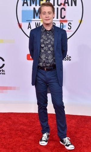 Macaulay Culkin's Height: Age, Net Worth 2021, Body Stats, Instagram