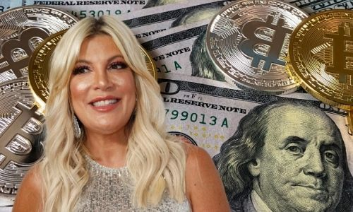 What is Tori Spelling's Net Worth in 2021 and how does she earn her money?