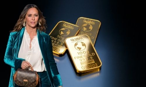 What is Jennifer Love Hewitt's Net Worth in 2021 and How Does She Make Her Money?