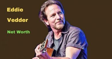 Eddie Vedder's Net Worth in 2021 - How did Musician Eddie Vedder earn his money?