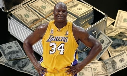 Shaquille O'Neal is an American professional basketball player who has a net worth of $400 million.
