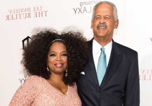Oprah Winfrey started her relationship with  Stedman Graham in 1986 and are together since then.