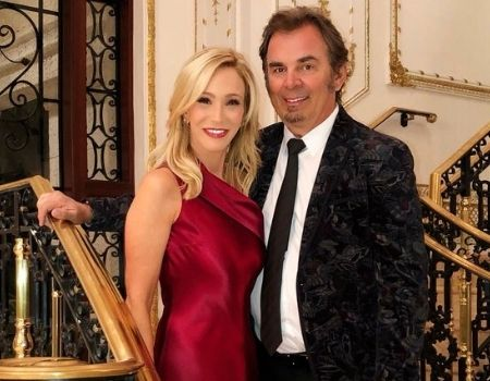 Who is Paula White married to?